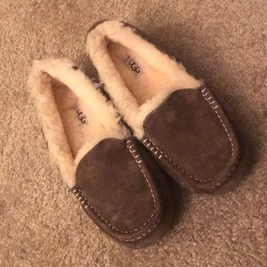 Like-New Ugg Moccasin Slippers